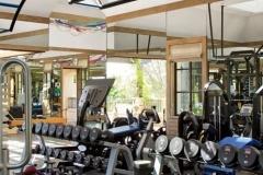 item10.rendition.slideshowThumb.brady-18-gisele-bundchen-tom-brady-home-gym